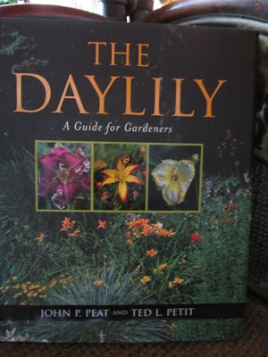 The Daylily a guide for gardeners